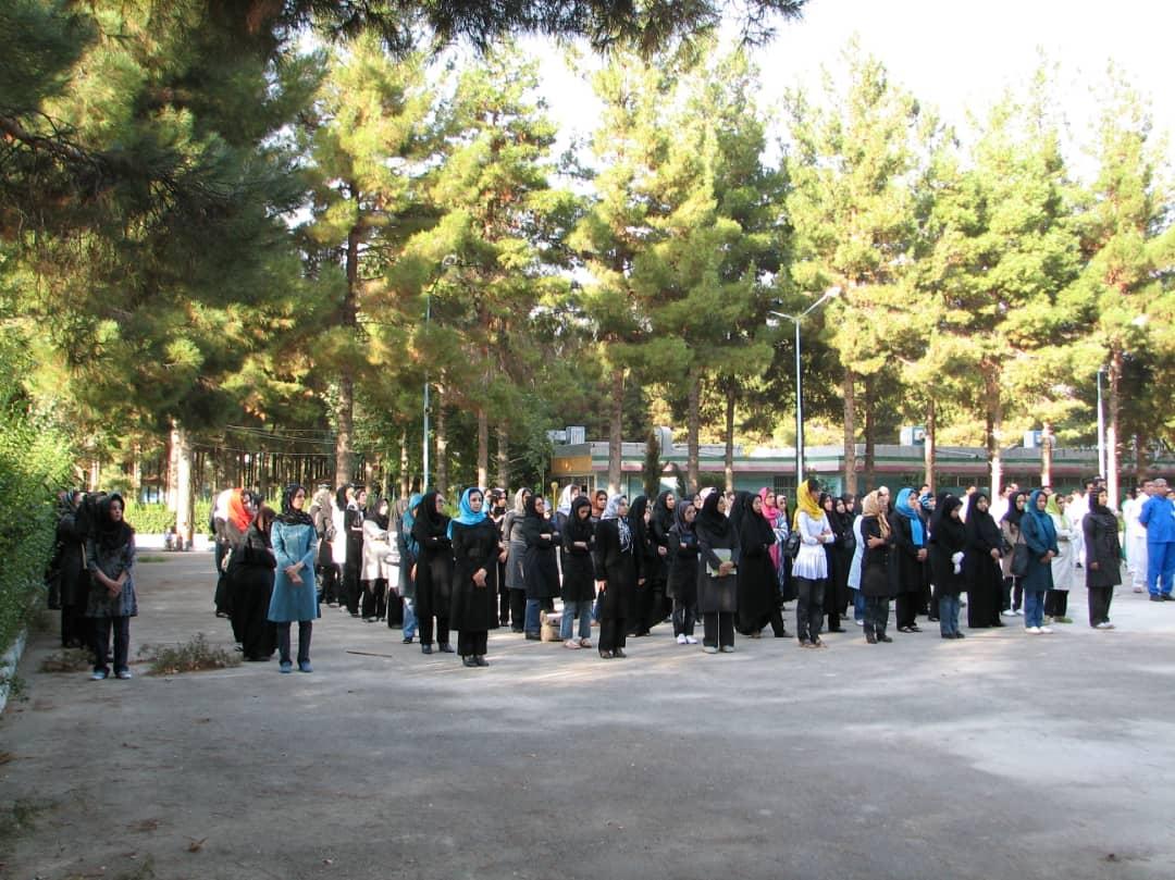 http://varzara.ir/picture/slider/026.jpg