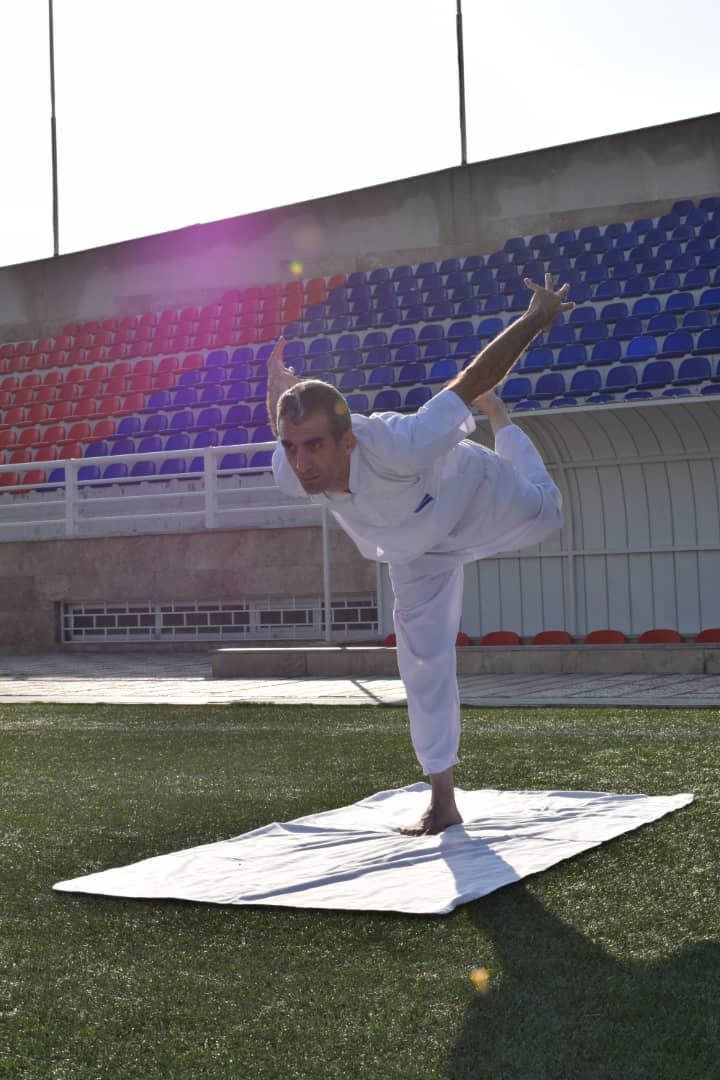 http://varzara.ir/picture/slider/29.jpg